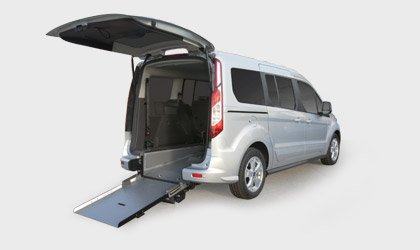 Ford Tourneo Connect Disabili in Pronta Consegna