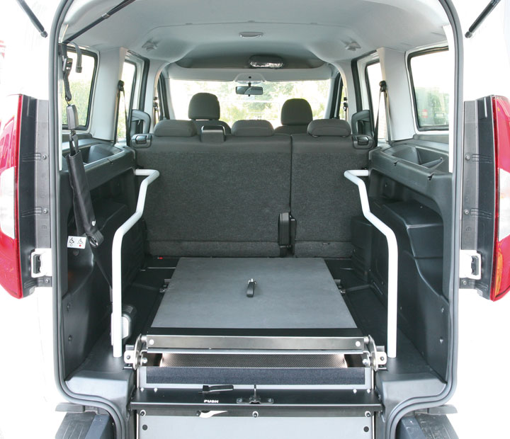 Fiat Doblo Maxi Lowered Floor Genius Ramp