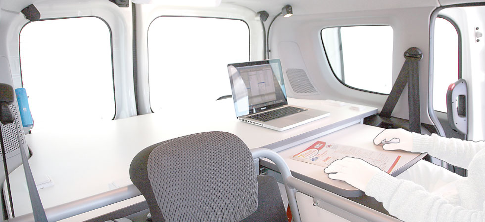 Compact-F Mobile Office