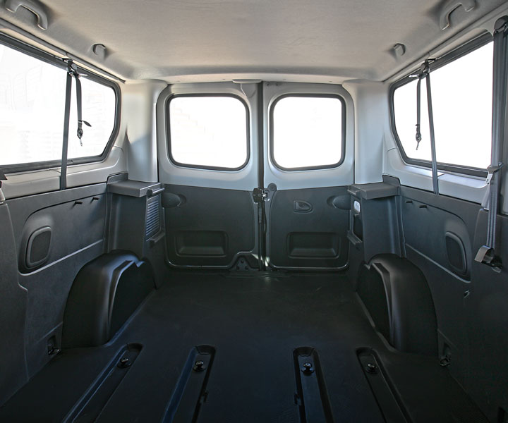 Opel Vivaro Interior Trims Restyling