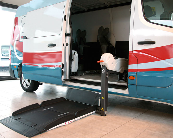 Renault Master Wav Fiorella Lift side door