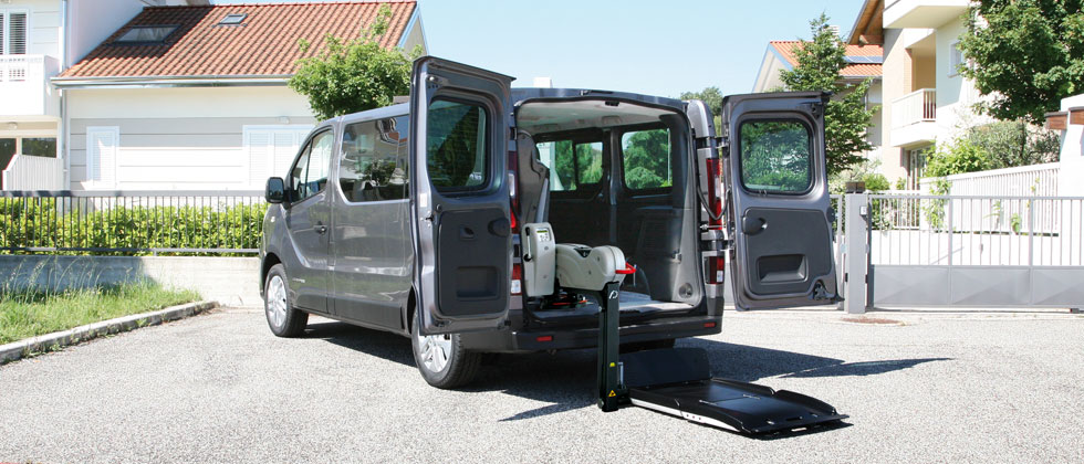 Wheelchair Accessible Renault Trafic