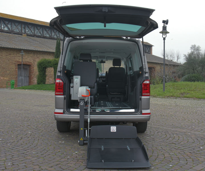 Wheelchair Accessible Volkswagen Multivan with Fiorella Lift