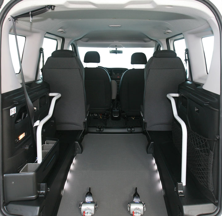 Opel Combo Wheelchair Accessible Veihcle L1