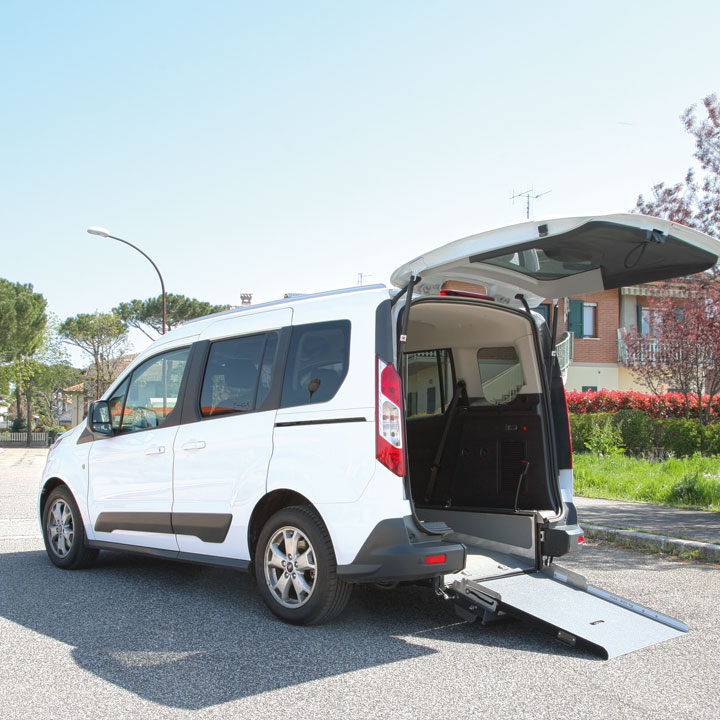 Ford Tourneo Connect Wheelchair Access