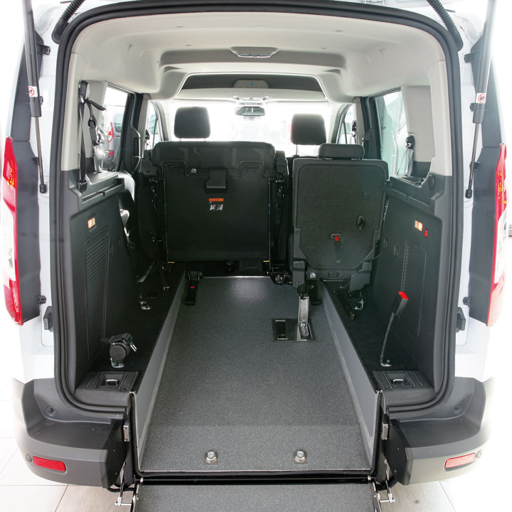 Ford Tourneo Connect for Wheelchair Passenger